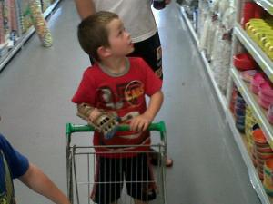 liam-shopping-cart