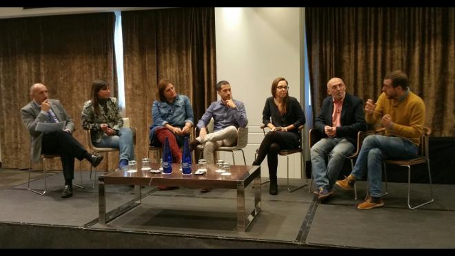 Primera mesa redonda: Alipio Gutierrez, Estíbaliz Gamboa, Fani Soriano, Diego Villalón, Marta puig, Josá Ávila y Javier J. Díaz
